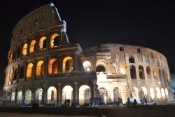 Colosseo Di Notte Visite.Orari E Biglietti Il Colosseo