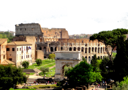 Entrance hours, ticket prices and other tourist information for the Colosseum
