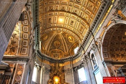 Virtual visit of inside the Saint Peter's Basilic